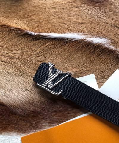 Ремень Louis Vuitton Epi Leather LV Initiales Belt