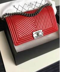 Сумка Chanel Boy Chevron Red
