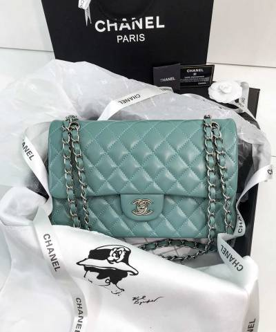 Сумка Medium Classic Double Flap Bag Tiffany Blue