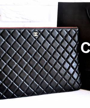 Клатч Chanel Large Black Lambskin O Case