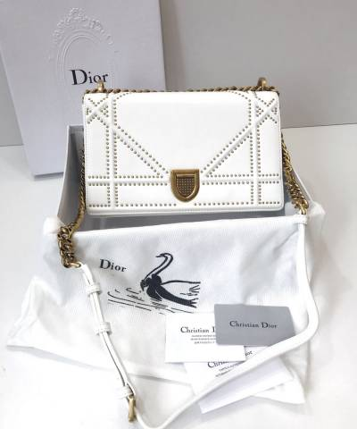Сумка Dior Diorama Studded Off White
