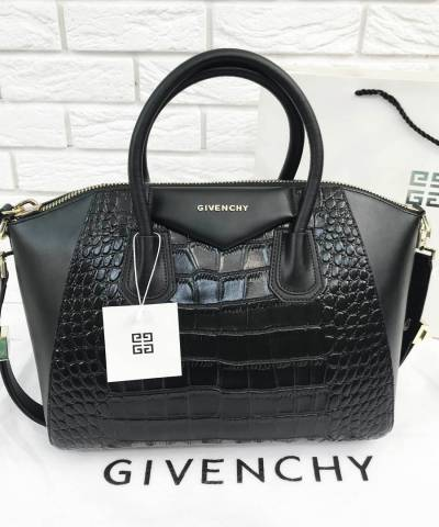 Сумка Givenchy Antigona со вставками под крокодила