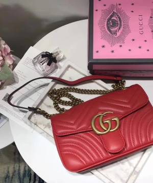 Сумка Gucci GG Marmont Small Bag Red