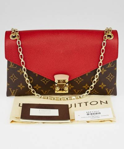 Клатч Louis Vuitton Monogram Canvas Pallas Chain