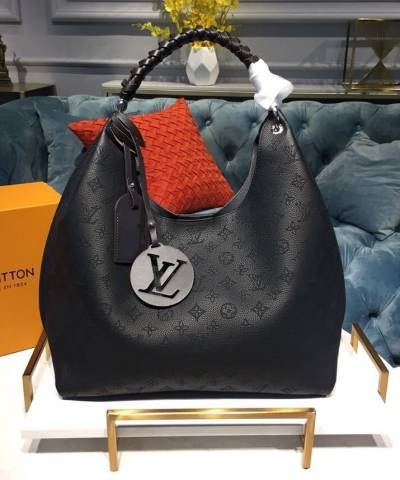 Сумка Louis Vuitton Carmel Mahina Bag Black