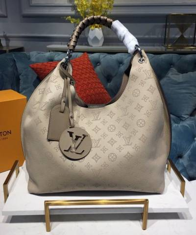 Сумка Louis Vuitton Carmel Mahina Bag Biege