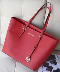 Сумка Michael Kors Jet Set Travel Red