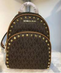 Рюкзак Michael Kors Abbey Frame Out Stud Backpack