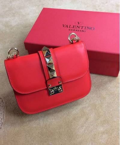 Сумка Valentino Rockstud Lock Red