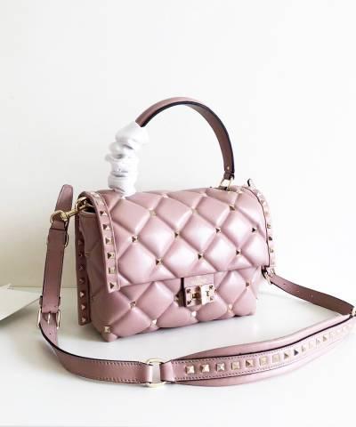 5b0ef43ae029 Купить. в закладки. Сумка Valentino Medium Candystud Top Handle Bag ...