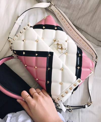 a495dd9383a6 Купить. в закладки. Сумка Valentino Garavani Candystud Top Handle Bag ...