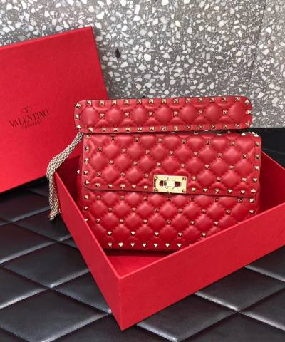Сумка Valentino Garavani Medium Rockstud Spike Bag Red