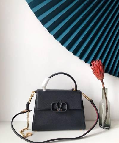 Сумка Valentino Garavani VSLING Bag Black