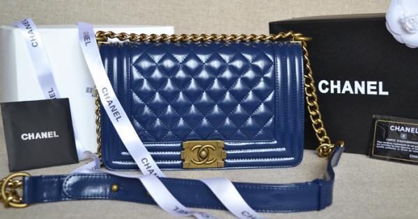 chanel - Купить женские сумки в